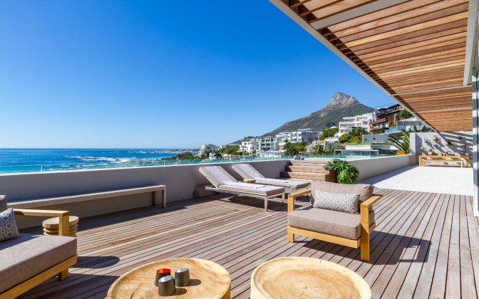 5 star Camps Bay luxury holiday  villa